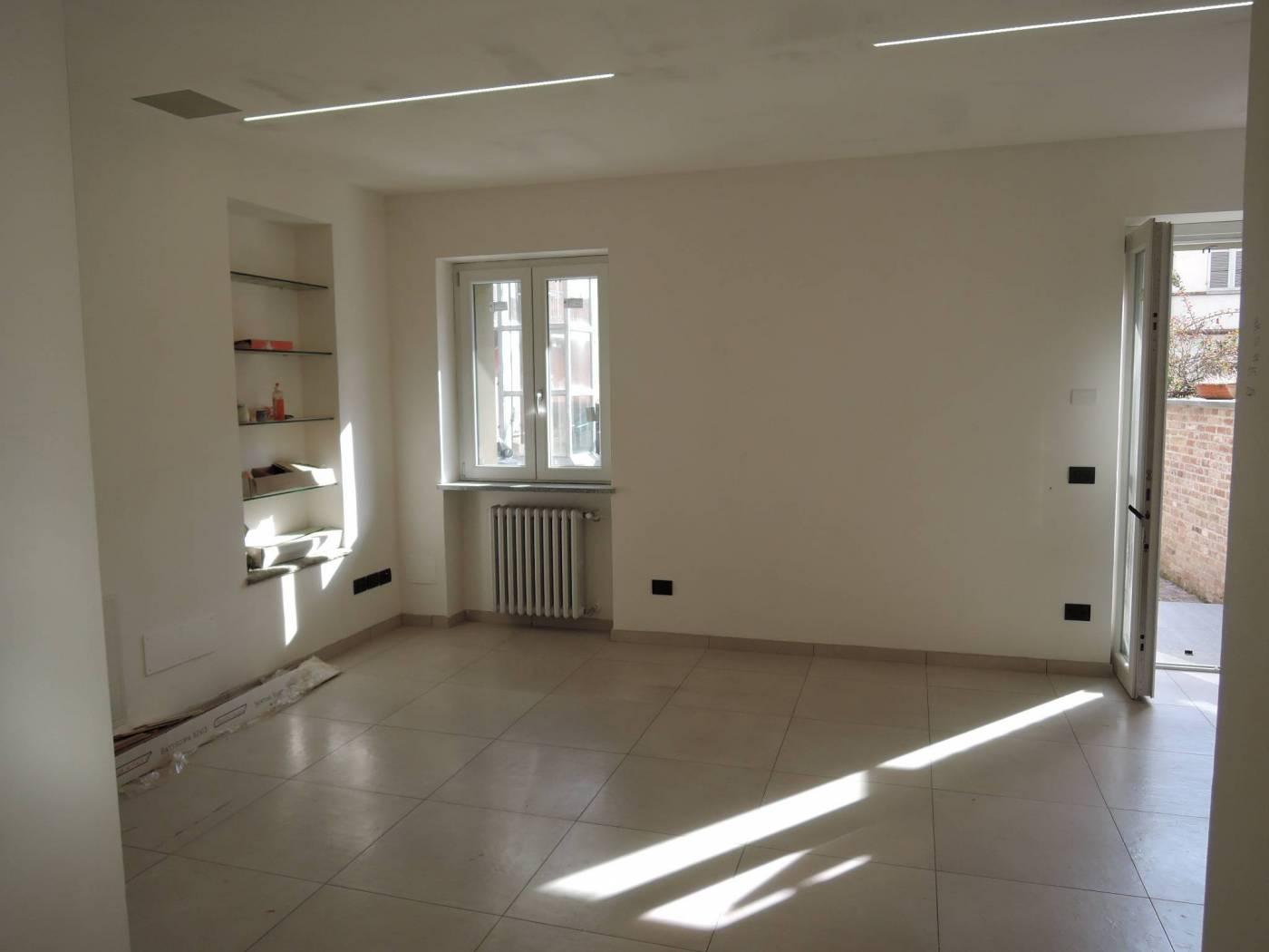 Casa indipendente 130 mq, ottimo stato, Alba